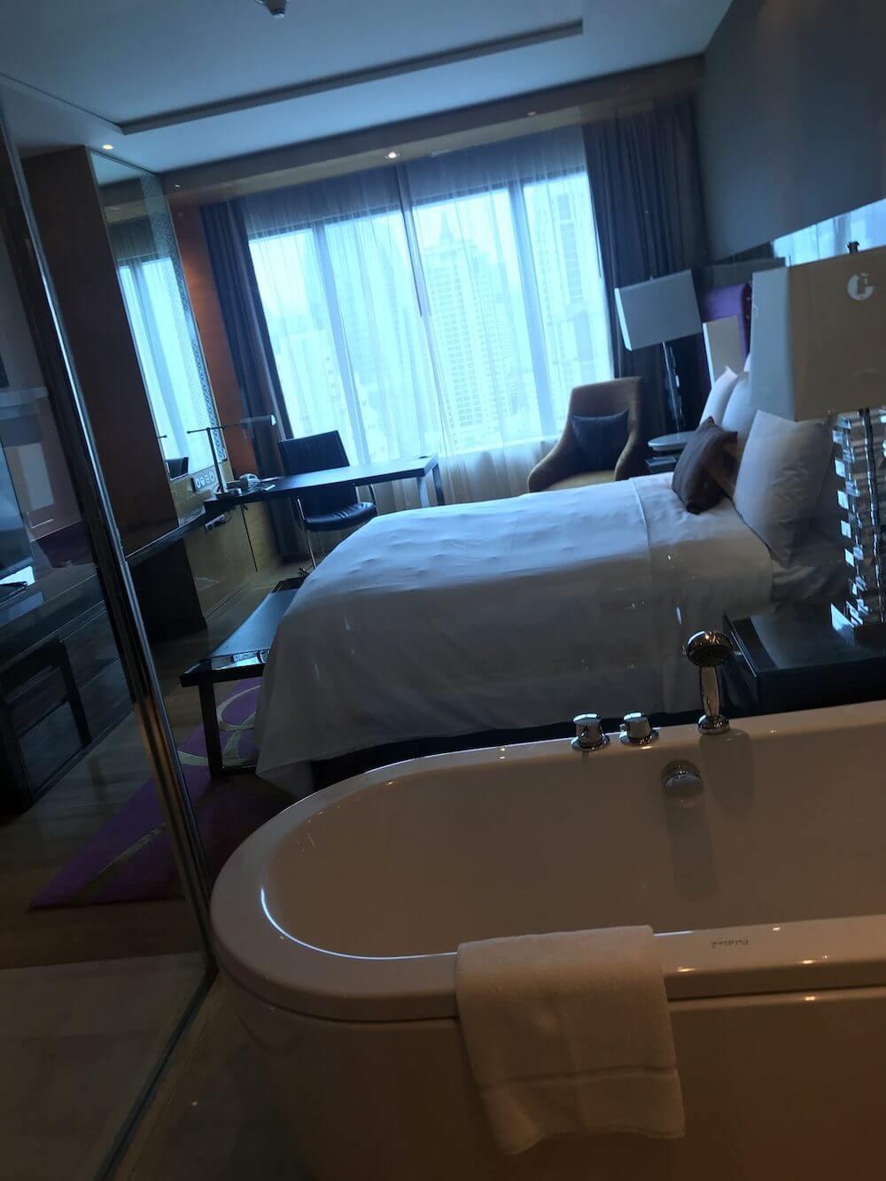 ルネッサンス バンコク ラッチャプラソーン ホテル 宿泊記 015